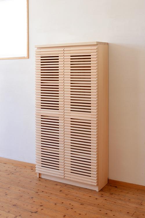 ひのき無垢 格子扉の食器棚4