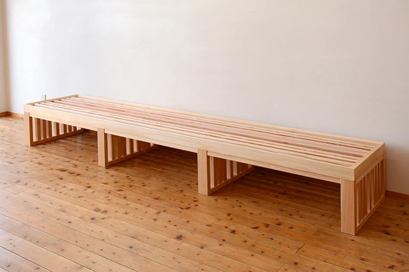 お茶ミュージアム ひのき無垢 格子テーブル5