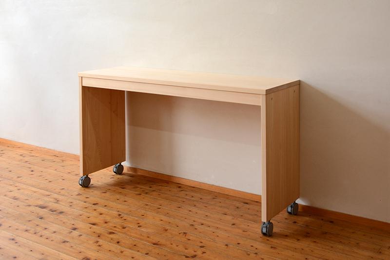 キャスターテーブル1