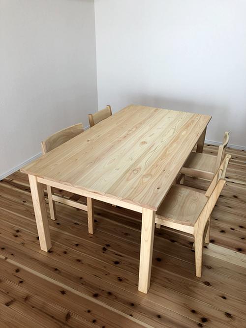 ひのき家具 ダイニングテーブル1