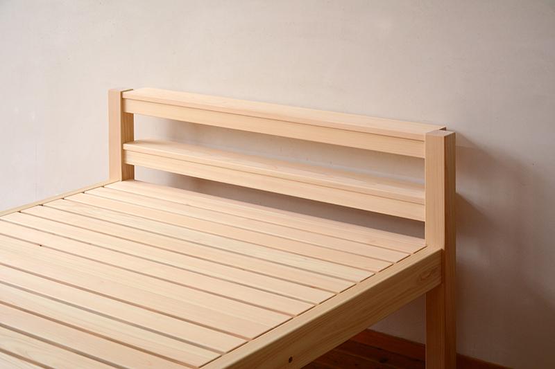 総檜のシングルベッド