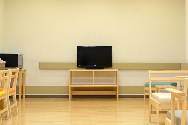 病院ロビーの家具 ヒノキクラフト8
