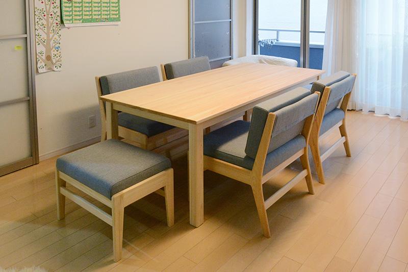 ヒノキクラフト  ダイニングテーブル 4人掛け1