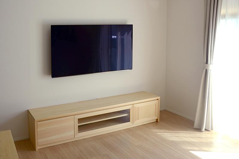 ヒノキクラフト 壁掛けテレビボード3
