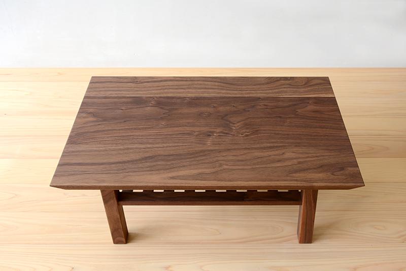 ヒノキクラフト ウォールナットのコーヒーテーブル2
