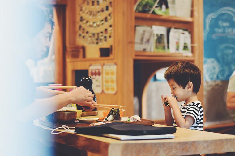 暮らす旅,日本縦断,家族旅,親子旅,子連れ旅行,子連れ旅,日本一周,こありっぷ,本州,キャンプ,食,民芸,民藝,吉田ちかげ,岡山県,西粟倉,あわくら温泉,元ゆ