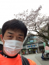 高尾山、下山後☆16-4-9