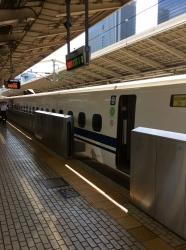 福山へ出張、東京駅新幹線ホーム☆16-9-3