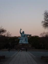 平和祈念像、黄昏時☆16-12-30
