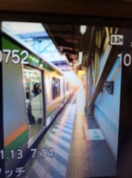 ロケ場所移動、早朝のホーム☆17-1-13