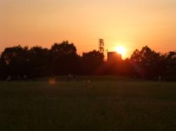 平和の森公園、広場と夕日☆18-6-2