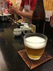 オキズ、カウンター、ビール☆18-6-15