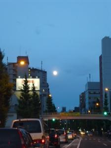 満月前夜、青梅街道☆18-6-27