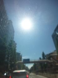 梅雨明けの日の日差し☆18-6-29