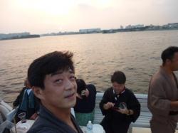 クルージング、夕日を背に☆18-8-4