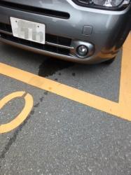 車内エアコンからの排水☆18-8-12