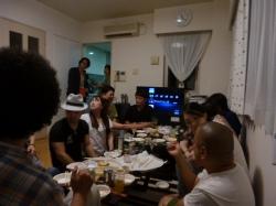 河合さん誕生パーティー、リビング飽和状態☆18-8-18