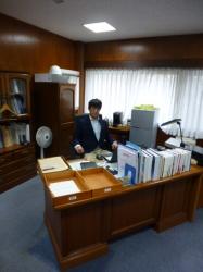 横浜国大経営学部長の椅子☆18-12-7