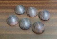 半球状の黒檀片(φ30*1/2)