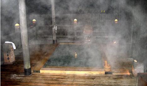 湯原温泉 八景 露天風呂