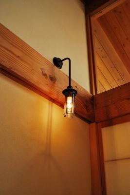 和室のブラケット照明 特注品