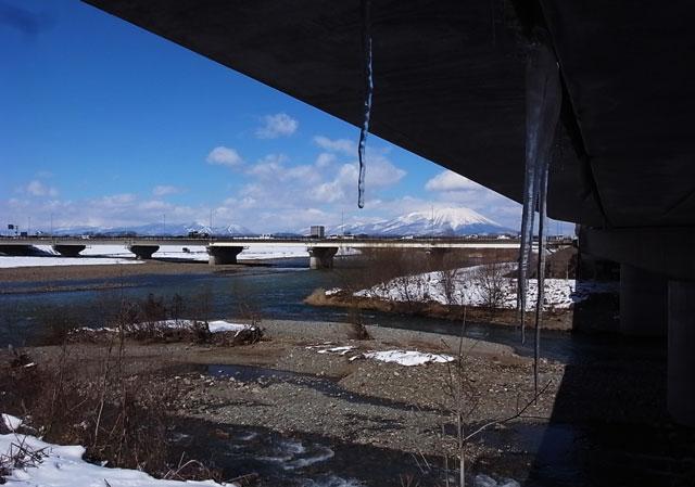 北上川と岩手山