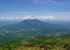 羊蹄山 1,898メートル