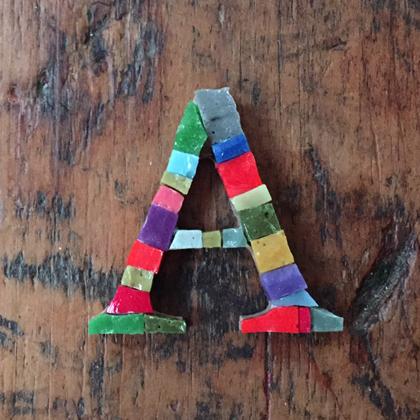 アルファベット モザイク