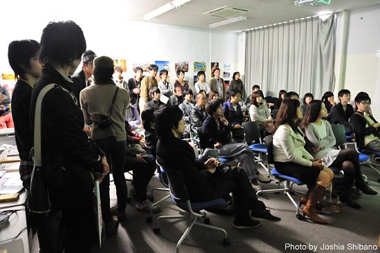 満員の小倉悠加さんトークイベント