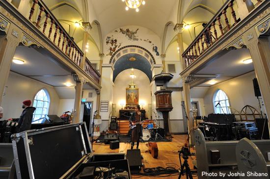 教会ライブのリハ中の様子