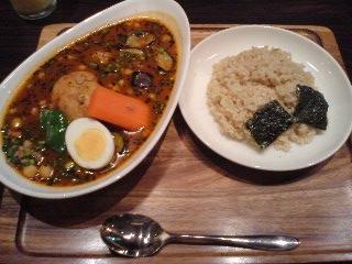 スープカレー 心 ひき肉とひよこ豆のアジアンスープカレー
