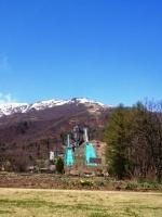 コテージ前庭から白馬ジャンプ台