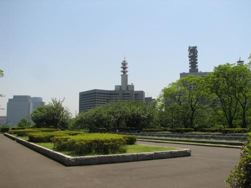 憲政記念館の北庭