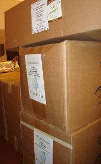 入荷してきた2010年度のCOE入賞豆