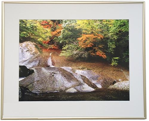 滑床渓谷の秋2