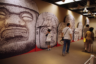 紀元前1200年のマヤ文明展