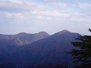 美しい山並み