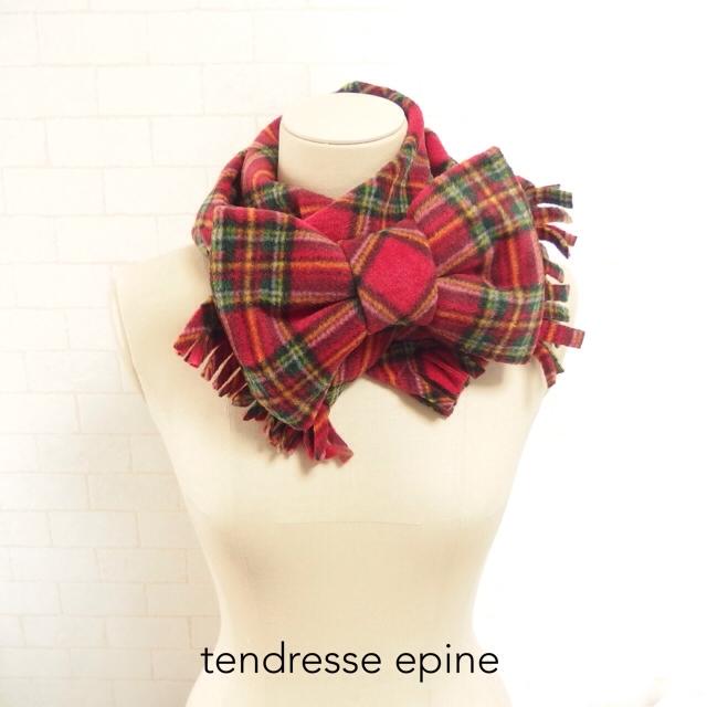 大人ガーリー系ファッション通販テンドレスエピーヌ フリースビッグリボンマフラー 赤タータンチェック