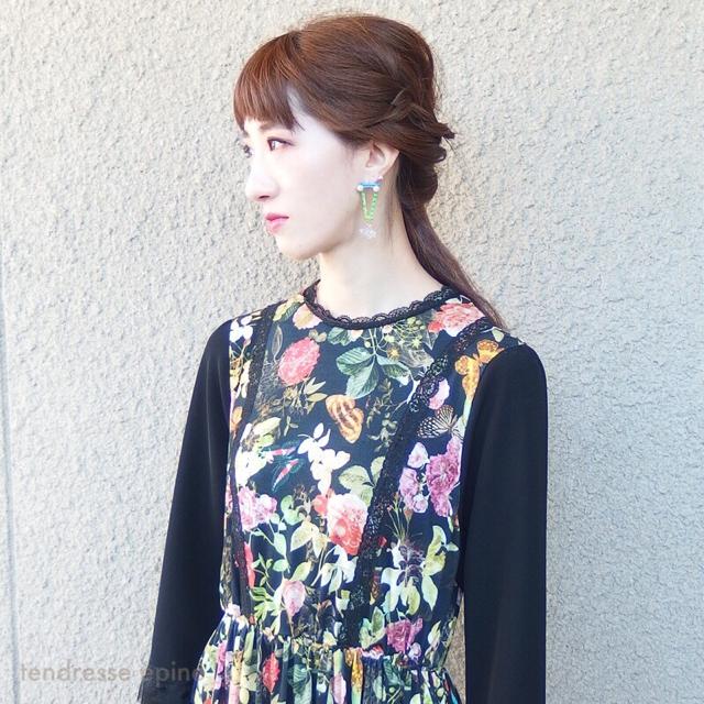 ヴィンテージ風レディワンピース 花柄プリント コーディネート