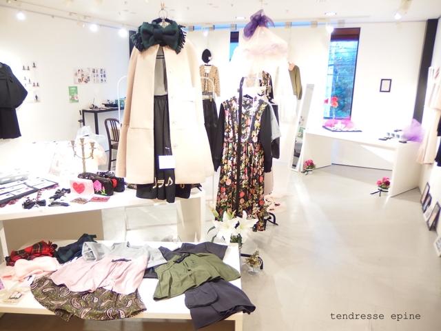 大人ガーリーファッション通販テンドレスエピーヌ 秋冬展示会