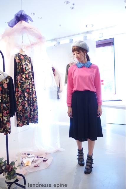 大人ガーリーファッション通販テンドレスエピーヌ フリル衿カットソー ベレー帽コーディネート