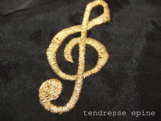 音符,ト音記号,刺繍