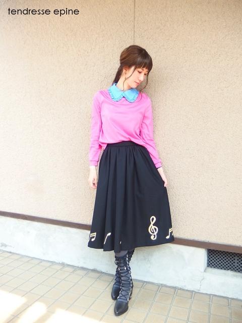 音符刺しゅうスカート,黒,ギャザーフレアスカート