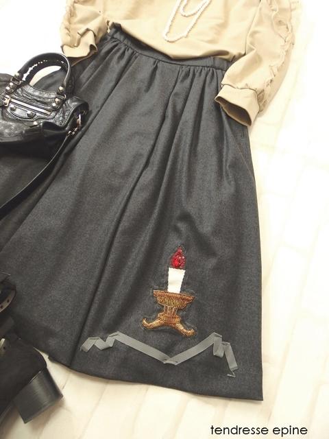 キャンドル刺しゅう,ギャザー膝丈スカート,ウールスカート