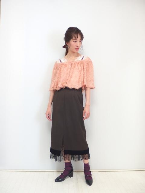 大人フェミニンファッション,30代,チュールレイヤードタイトスカート