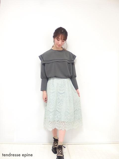 大人フェミニンファッション,セーラー襟ブラウス,コーディネート