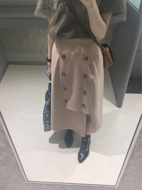 大人フェミニンファッション通販サイト,トレンチ風アシメスリットスカートのコーディネート