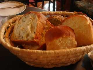 パン(食べ放題)