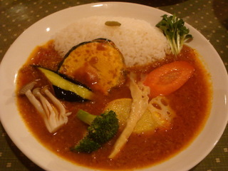 キーマカレーミニ(450円)+野菜トッピング(100円)
