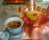 マンゴープリンと花茶
